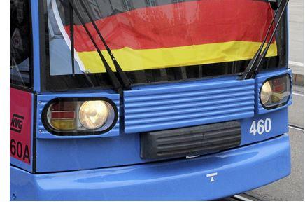 Einrichtungswagen, wie dieser, verkehren nicht auf Linie 6, da die Endhaltestelle Wolfsanger keine Wendeschleife, sondern eine Sackgasse ist.